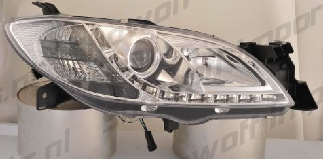 Mazda 3 4D 03-08 Headlights Set DRL Clear
