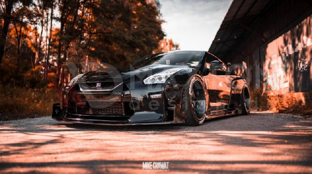 WIDE BODY + SET OF CARBON SPLITTERS NISSAN GTR MK4