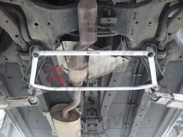 Nissan Murano 2WD 06+ UltraRacing 4-Point Front H-Brace