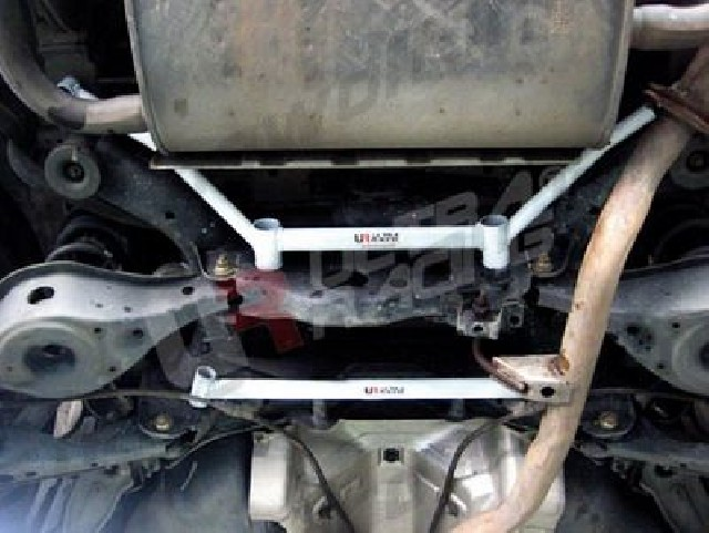 Nissan Murano 2WD 06+ UltraRacing 2-Point Rear Lower Tiebar
